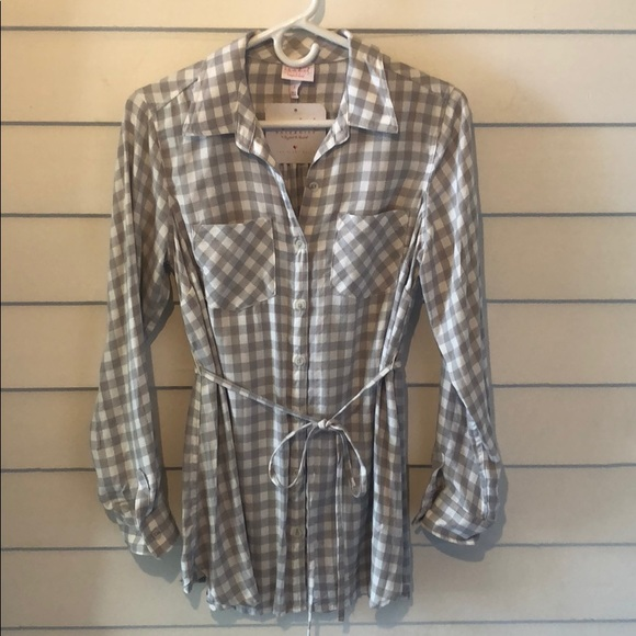 Isabel Maternity by Ingrid & Isabel Tops - Isabel maternity long sleeve plaid top
